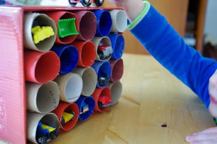 DIY opruimdoos voor speelgoedautootjes